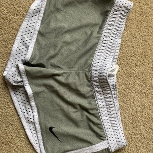 Nike Dri-Fit Training Shorts Dry White/Gray M